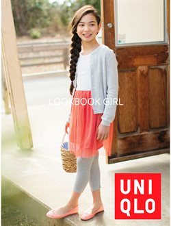 Clothes, shoes & accessories offers in the Uniqlo catalogue in Singapore