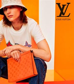Louis Vuitton catalogue in Singapore ( More than a month )