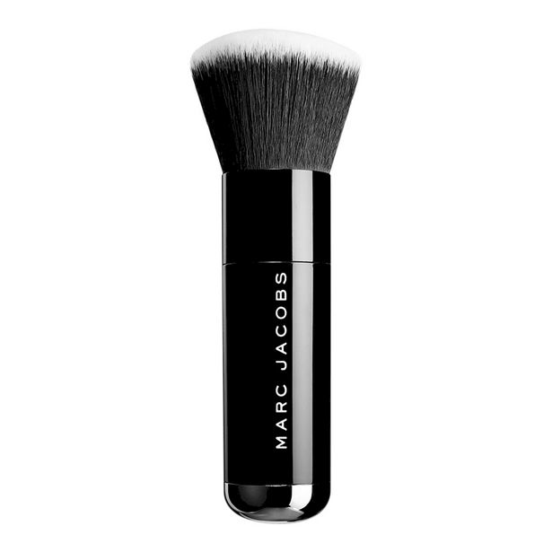 The Face III Buffing Foundation Brush offers at S$ 34